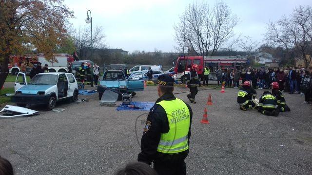 """Straż miejska zabezpieczyła teren wypadku podczas akcji """"Zdrowy i bezpieczny Ekonomik"""""""